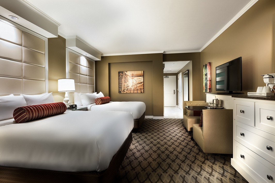 Rooms: Deluxe Double Queen With Pool View