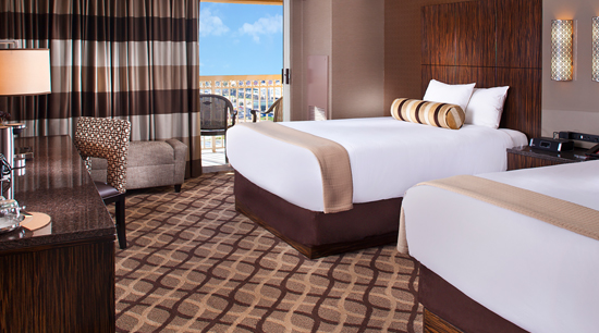 Book A Balcony Terrace Queen Room Golden Nugget Biloxi