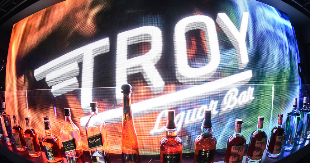 Troy Liquor Bar   Golden Nugget Las Vegas
